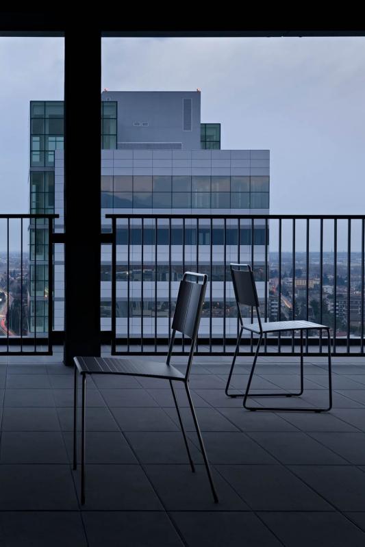Design up prodotti estrosa sedia design for Prodotti design