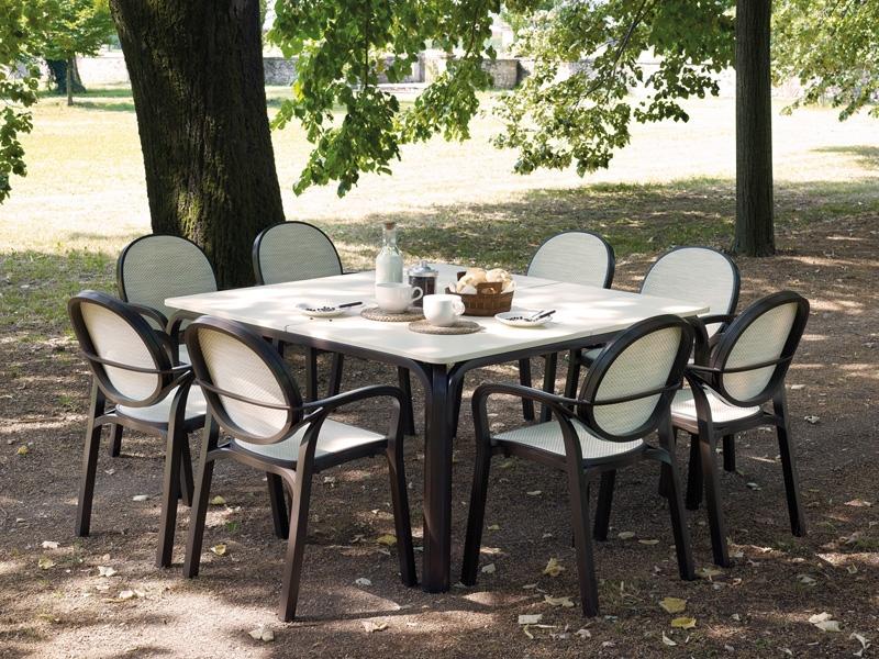 Design up prodotti lauro tavolo design for Prodotti design